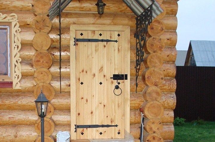 uteplenie-dveri-v-bane-1